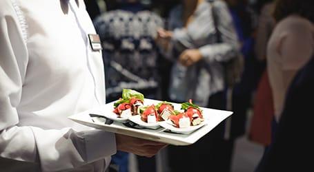 Renaissance Banquet Hal - Dining - Table Service